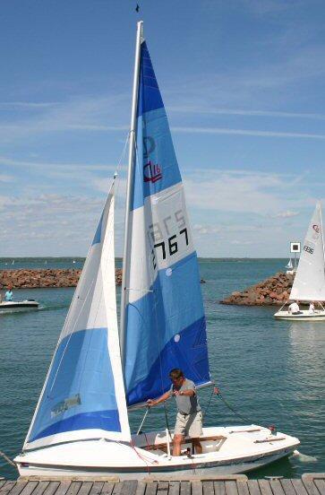 basic upwind sail tuning